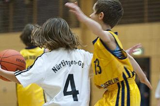 Schüler der Basketball AG an der Nürtingen Grundschule